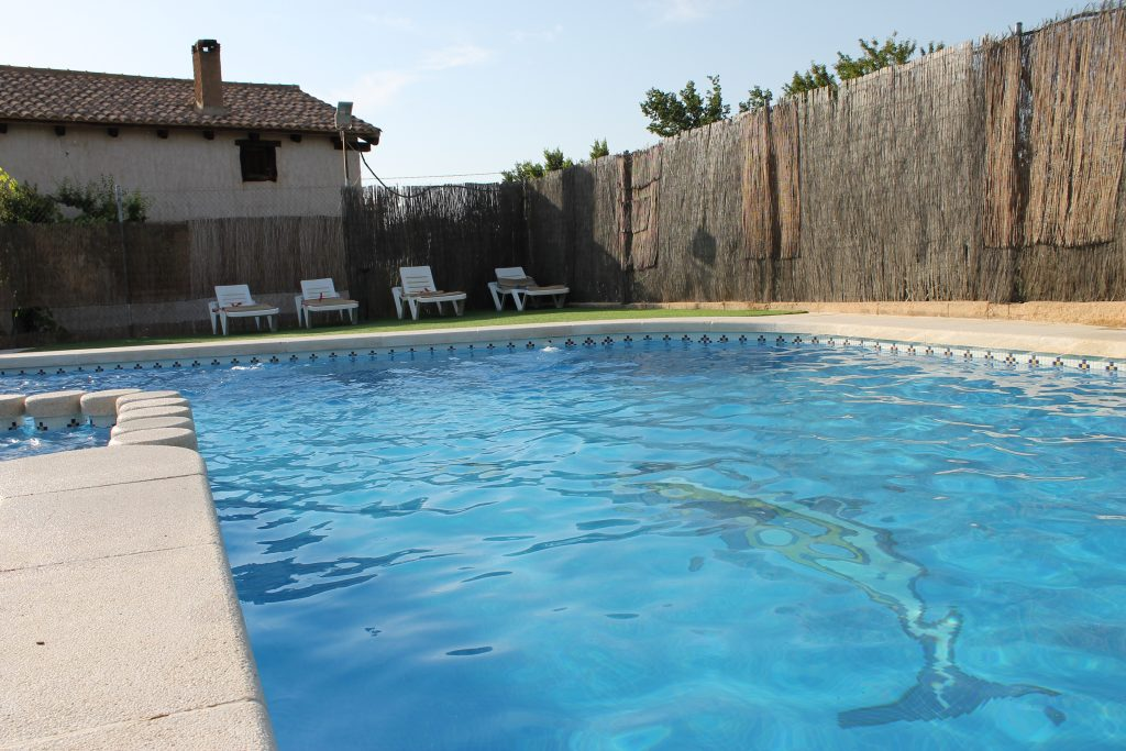 casas rurales en lagunas de ruidera piscina privada